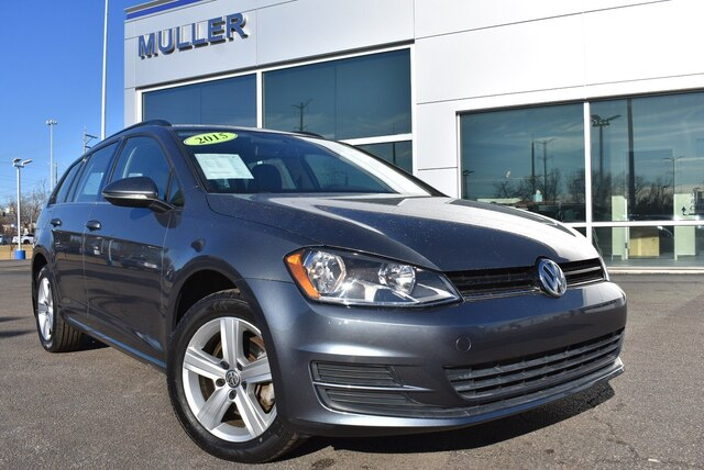 Certified Pre-Owned 2015 Volkswagen Golf SportWagen TDI S 4-Door