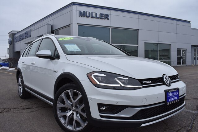 Pre-Owned 2019 Volkswagen Golf Alltrack TSI SE AWD